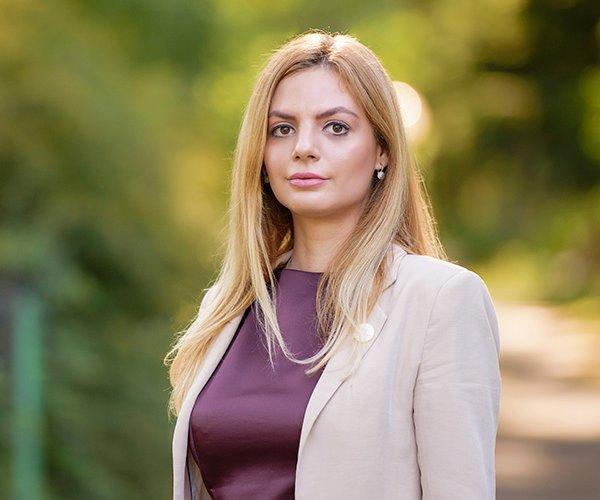Melania Boldizsar, Associate Sales Consultant VitaBella Residence